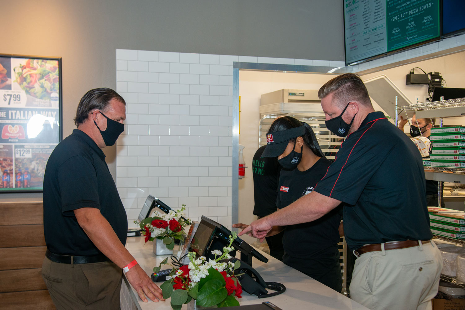 S-NET Communications becomes the first customer of the 1000th Marco's Pizza location.